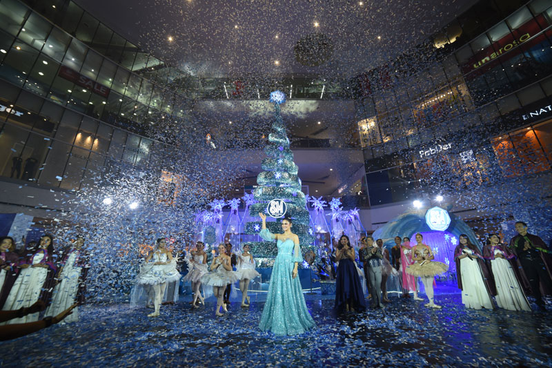 SM City North Edsa unveils a magical holiday with ceremonial Christmas tree lighting 1