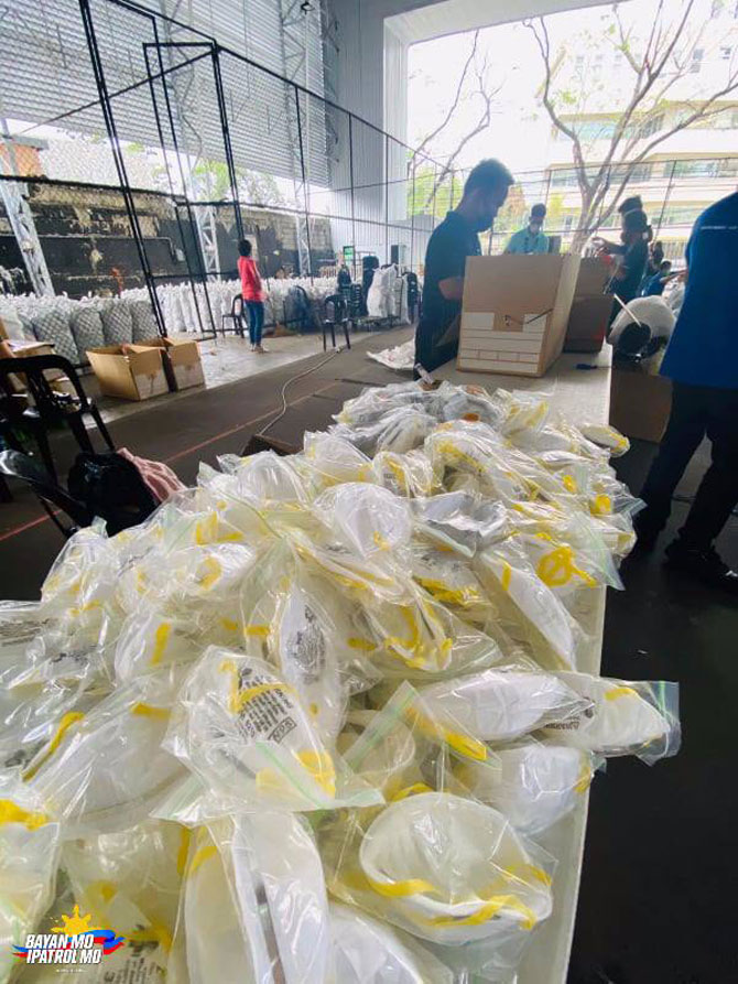 ABS CBN donates protective gears food to health workers 4