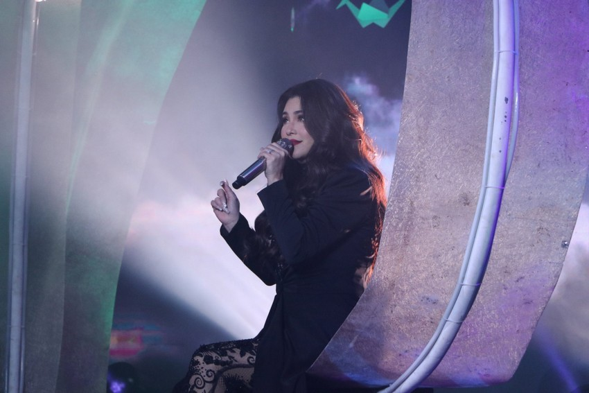 Regine s Freedom surprised concert viewers with stunning lineup astounding performance 3