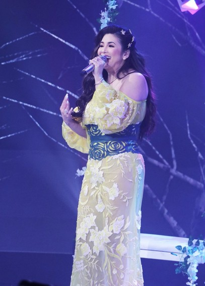 Regine s Freedom surprised concert viewers with stunning lineup astounding performance 4