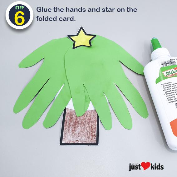 DIY Christmas Craft Hand Print Christmas Card 6