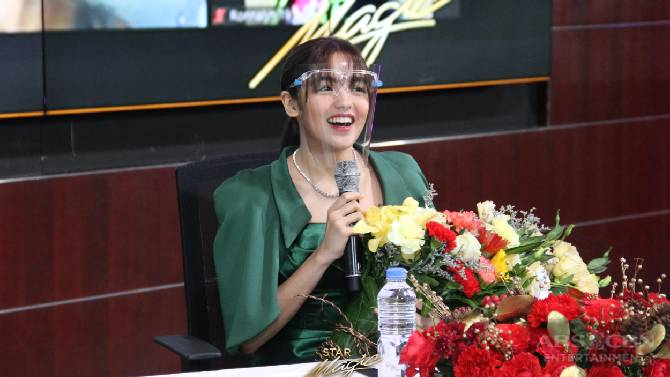 Andrea receives heartwarming words from Seth in kilig video message as she signs Star Magic contract 3