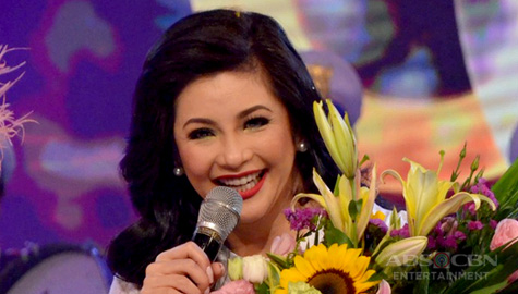 Regine Velasquez-Alcasid recites the titles and famous catchphrases of Kapamilya programs Thumbnail