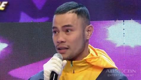 Bugoy Drilon, naging emosyonal sa muling pagtungtong sa It's Showtime stage!  Image Thumbnail