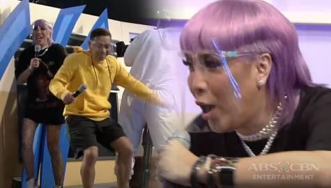'Humingi ka ng tawad sa akin!' Jhong at Vhong, napatakbo  nang habulin ni  Vice Ganda | It's Showtime  Image Thumbnail